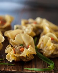 Simple appetizer - Curried Beef Dumplings recipe made from wonton wrappers. Recipe is from the host of The Chew, Carla Hall. Beef Dumplings, Dumpling Recipe, Asian Recipes, Beef Recipes, Ethnic Recipes, Japanese Recipes, Chinese Recipes, Recipies, Healthy Recipes