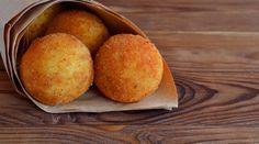 """Di Palermo e """"femmine"""": come si preparano le arancine"""