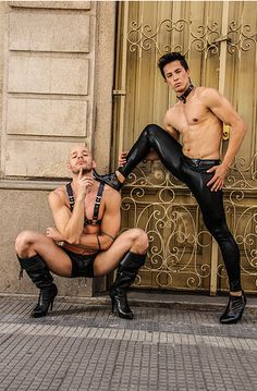 high heels und strapse mini gayromeo