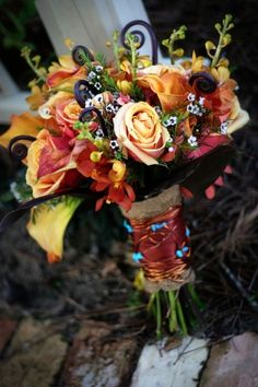 Fall Inspiration: Traditional Colored Bouquets | WeddingWire: The Blog