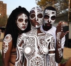 ori ritual body art face beyonce painting biography Age wiki of Laolu Senbanjo Body & Sacred art, Clothing, Shoes height date of birth family photos Tribal Body Paint, Afro Punk Fashion, Tribal Makeup, Art Visage, Tribal Face, Nyc Art, Portraits, Maquillage Halloween, Foto Art