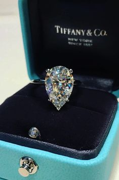 Tiffany Diamond jewelry - 24 Tiffany Engagement Rings That Will Totally Inspire You. Perfect Engagement Ring, Beautiful Engagement Rings, Vintage Engagement Rings, Tiffany Engagement Rings, Halo Engagement, Tiffany Wedding Bands, Teardrop Engagement Rings, Wedding Rings Teardrop, Pear Diamond Engagement Ring