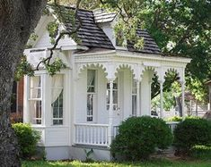 absolutely darling- looks like something you would find in a quaint small town. Love the Victorian detail...ms
