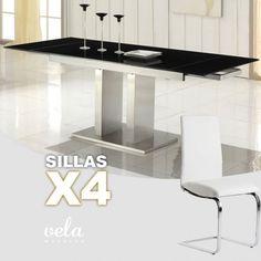 """Conjunto de Mesa para comedor extensible de cristal templado con estructura de columnas rectangulares y sillas con patas en forma de """"C""""."""