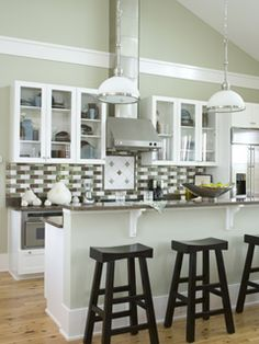 beach kitchen, wall color
