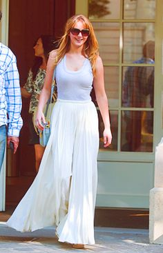 jennifer lawrence! love her and that outfit