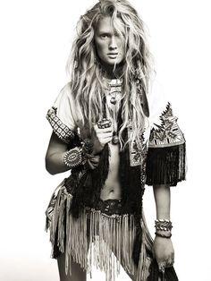   Inspiración #bohochic #cool #fashion #hippy #hippie #etnico #etnic #bohemian ☼ ☼ Preciosas Indígenas Joyas ☼ ☼ para descubrir nuestras joyas visita nuestra #tiendaonline http://www.preciosasindigenas.com/ ☼