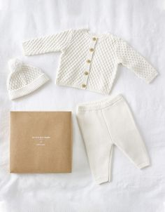 Knitted Baby Outfits, Knitted Baby Clothes, Organic Baby Clothes, Baby Outfits Newborn, Baby Boy Outfits, Baby Clothes Uk, Newborn Fashion, Newborn Clothing, Cotton Box