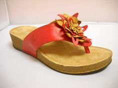 1 Atema Lynette - Wga - Atema Lynnette from Italy. Summer casual in leather with cushioned sole and flower detail. Available in Beige, Black, Mango, Purple and Red. Italy Summer, Tango Shoes, Walking Shoes, Different Styles, Casual Shoes, Mango, Spring Summer, Footwear, Beige
