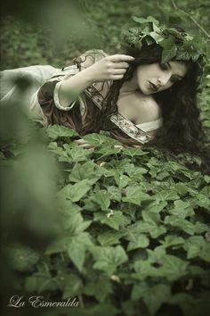 Nature's own by *la-esmeralda on deviantART