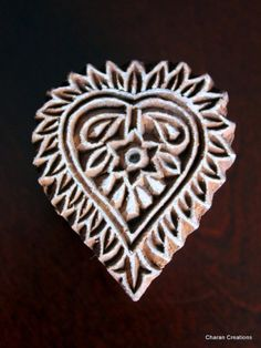 Indian Hand Carved Wood Textile Stamp - Heart Shaped Floral Motif