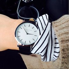 Meet our beautiful White-Black Gramercy watch! Thank you @cindyvandyck for this amazing pic. #ROSEFIELD