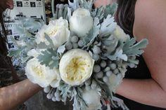 ram de núvia amb peonia