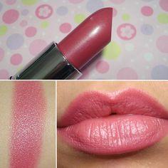 Lipstick Shade ( MAC Hot Gossip )