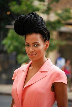 boho box braids & the fabulous singer-songwriter Solange. Black Hair Bun, Black Bun, Solange Knowles, Box Braids Hairstyles, Cool Hairstyles, Celebrity Hairstyles, Solange Braids, Beyonce Braids, Hair Afro