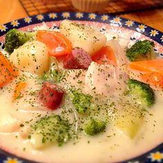 今日の晩ご飯に! 寒い日に食べるシチュー!?(・_・;? 沖縄暑いけど(´・_・`) まぁいいか^^; - 59件のもぐもぐ - クリームシチュー♪ by y35birupulau