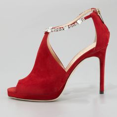 23706bc0189db 29 best High heels images on Pinterest