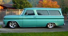 1966 Chevy Suburban with LT1 power