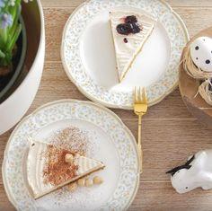 """Používateľ Antónia Mačingová uverejnil príspevok na svojom instagramovom profile: Pre zdravšiu Veľkú noc Vám odporúčam tvarohový (Lučina syr je 99,5 % tvaroh) veľkonočný koláč. """"Je…""""• Pozrite si v jeho profile všetky fotky používateľa @antonia_macingova. Syr, Hummus, Ethnic Recipes, Food, Food Food, Essen, Meals, Yemek, Eten"""