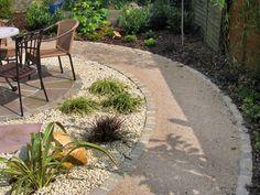 Self-binding gravel path with sandstone sett edging – Longacres Landscape Gravel Path, Gravel Garden, Garden Pests, Garden Landscaping, Pea Gravel, Landscaping Ideas, Sandstone Pavers, Patio Slabs, Cement Patio