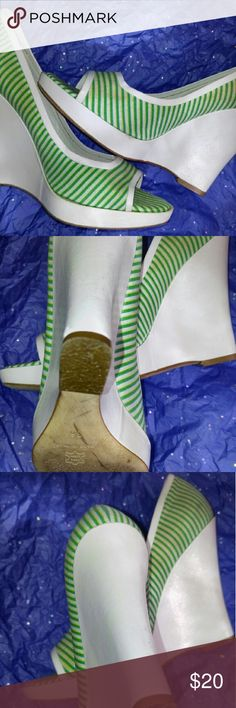 Kristen Lee New York wedges Gently used Christian Lee New York wedges green and white. Message me for more details discounts or bundles. Thanks for looking Kristen Lee Shoes Wedges