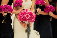 The Flowers Parsonage Events designed the vibrant marbled rose bouquets Photo byCalynn Berry Flowers byParsonage Events - Project Wedding