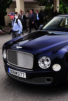 The only color I really want family car Bentley Auto, Bentley Motors, Bentley Continental Gt, Suv Cars, Sport Cars, Jaguar, Bentley Mulsanne, High End Cars, Hot Rides