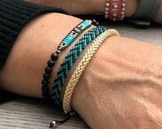 Hippie Bracelets, Friend Bracelets, Bracelets For Men, Handmade Bracelets, Handmade Jewelry, Friendship Bracelets, Loom Bracelet Patterns, Bead Loom Bracelets, Beaded Wrap Bracelets