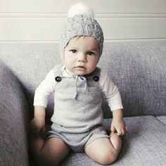 Fineste lille Mille mitt skjønne tantebarn med #thepocketplaysuit og #faunalue…