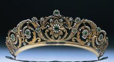 Antique Tiara, United Kingdom (ca. 1840; emeralds, pearls, gold).
