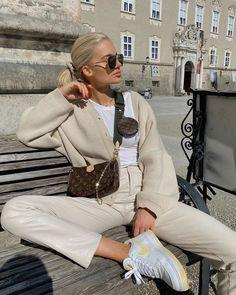 Stylish Outfits, Fashion Outfits, Womens Fashion, Fashion Tips, Fashion Trends, Minimale Kleidung, Fashion 2020, Shorts, Casual Chic