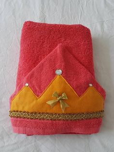 Items similar to Princess hooded towel on Etsy Fabric Gifts, Little Princess, Tween, Gifts For Kids, Hoods, Sparkle, Bath Time, Sewing, Sunny Days