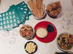 On est prêts pour la soirée de Noël avec mes petits lapins médiévistes  #onthetable #xmas #christmas #saturday #foodporn #paris #friends #decoration #food #yummy #cool #vsco #vscogood #instagood