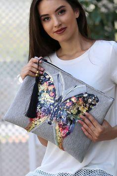 Kadın Pullu Dev Kelebek Aplikeli Plus Clutch