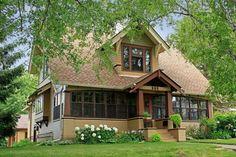 OldHouses.com - 1924 Arts & Crafts (Craftsman) - Classic Craftsman in Stillwater, Minnesota