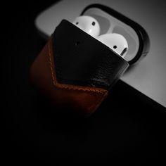 OnePixel: Unlimited Macro Photography, Street Photography, Leica M, Desk Setup, Leather Case, Usb Flash Drive, Minimalist, Leather Pencil Case, Minimalism
