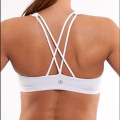 Lululemon Free to Be Sports Bra White Size 6 Barely used Lululemon Sports Bra. Great bright white color. Great for yoga and other light activity. lululemon athletica Tops Tank Tops