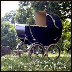 Vintage Stroller, Vintage Pram, Pram Stroller, Baby Strollers, Prams And Pushchairs, Baby Buggy, Dolls Prams, Baby Prams, Baby Carriage