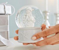 #Schneekugel mit #Schneemann-Figur für €8,95 bei #Tchibo