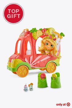 Look who rolled into Target! Shopkins Shoppies Groovy Smoothie Truck. This Target-exclusive playset is the perfect gift for your little girl this Christmas. Let her make the yummiest smoothies with the cutest fruity Shopkins and take a smooth ride to paradise with Pineapple Lily in her cool new truck! It's a top gift and comes with 2 stools, 1 Shoppies Doll, 1 pineapple hairbrush, 1 VIP card and 4 exclusive Shopkins!