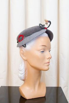 1950s Hat // Antennae Two Tone Grey Wool Beaded by GarbOhVintage