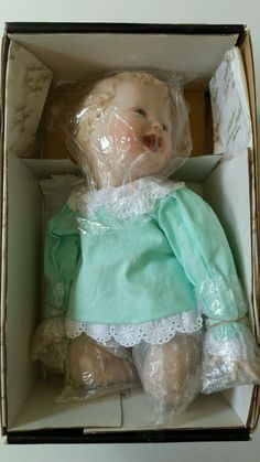 "Yolanda's Picture Perfect Babies Jessica PORCELAIN Doll Baby Bello 11"" Blanket #Yolandas"