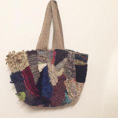 チクチク手仕事。ハギレのbag。  #さをり #さをり織り #SAORI #手織り #Weaving  #saoriweaving #handwoven #woven #ハギレ #Oddsandends #bag #バッグ #手作り #handmade #ハンドメイド #手仕事 #ものづくり