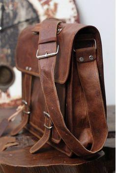Men Large Leather briefcase Leather messenger Bag by honeygoods2