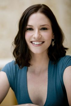 Chyler Leigh...god she's beautiful...please make me like this in one of my lifetimes.