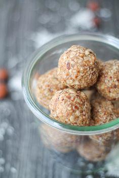 Granola Bar Energy Balls #recipe #snack #breakfast #treat #healthy #glutenfree #vegan #vegetarian #cleaneating