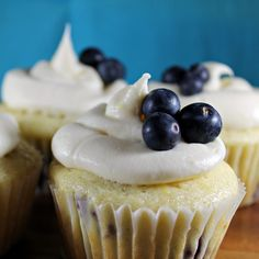Ingredients Cupcakes: 1 1/2 cups (about 6 3/4 ounces) plus 2 tablespoons all-purpose flour, divided 10 tablespoons granulated sugar 1 1/2 teaspoons baking powder 1/4 teaspoon salt 1/8 teaspoon baking soda 1/4 cup butter, melted 1 large egg 1/2 cup low-fat buttermilk 1/2 cup 2% reduced-fat milk 1 teaspoon grated lemon rind 3/4 cup fresh …Click For Recipe...