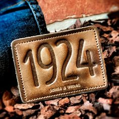 Garra, Fashion Essay, Urban Fashion, Mens Fashion, Plus Size Men, Piel Natural, Fashion Silhouette, Leather Label, Clothing Tags
