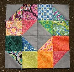 Free quilting pattern: Patchwork Wheel Quilt Block by limeyey Patch Quilt, Quilt Blocks, Scrap Quilt Patterns, Pattern Blocks, Half Square Triangle Quilts, Square Quilt, Quilting Projects, Quilting Designs, Sewing Projects