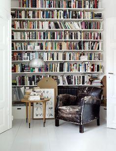 I need a whole wall bookshelf!